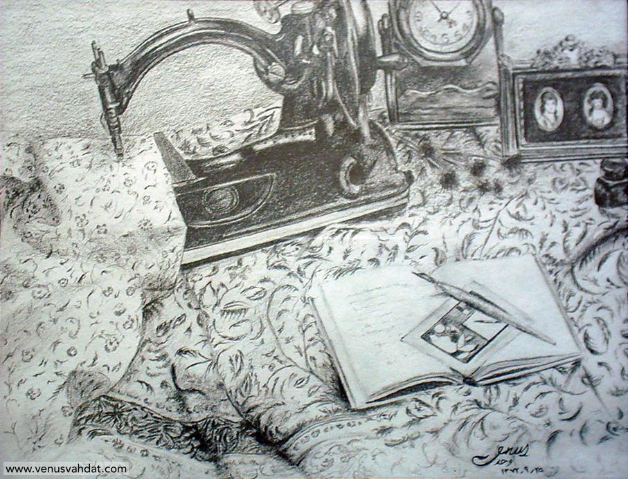 اثار نقاشی سیاه قلم روی کاغذ